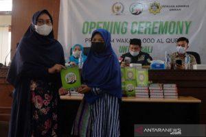 Jelang Ramadhan, Muslim di Bali terima 6.000 Al-Quran wakaf - yayasan ammirul ummah wakaf quran malaysia indonesia
